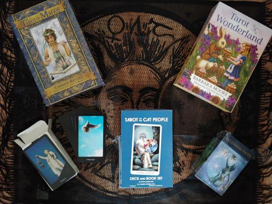 31 Days of Tarot Day 2 Top Tarot Decks_123019 resize 1